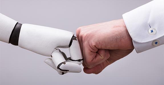De robôs a influenciadores peer to peer